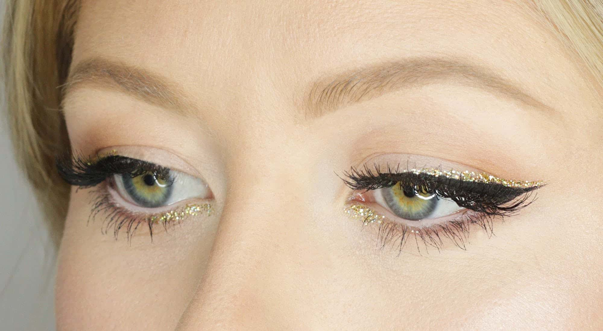 Apply eyeliner - makeup for party